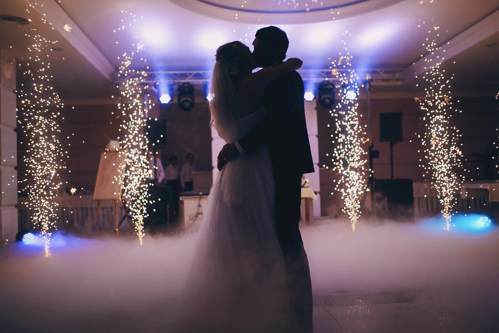 couple dancing on cloud